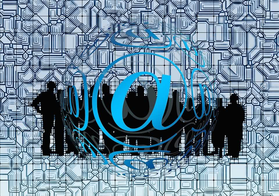 CyberPrzęstepcy atakują od strony Google