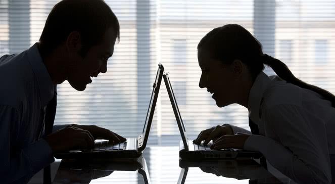 W jaki sposób działa spoofing internetowy?